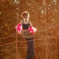 девушка на мосту :: лиля тихонова