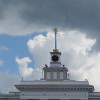 Башня с часами :: Вера Щукина