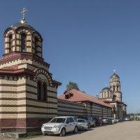 Северный фасад Тверского Николо-Малицкого мужского монастыря. Тверь. :: Михаил (Skipper A.M.)