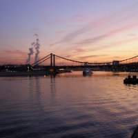 Беседа двух дымов Крымский мост :: Анна Воробьева