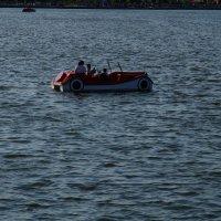 Плавающий автомобиль :: Ирина Шурлапова