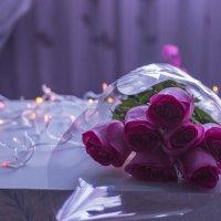 Букетик розовых роз дома. :: Радий Тен