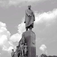 Харьков: Памятник Тарасу Шевченко :: Aleks Ben Israel