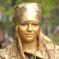 Взгляд золотой девушки :: Лидия (naum.lidiya)