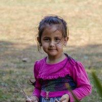 девочка из Абхазии :: Александр Солуянов