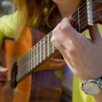 Волшебные звуки гитары :: Оксана Кузьмина