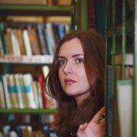 В библиотеке :: Ирина Kачевская
