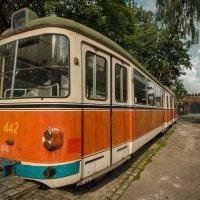 """Старый трамвай в музее """"Фридландские ворота""""(Калининград) :: Павел Дунюшкин"""