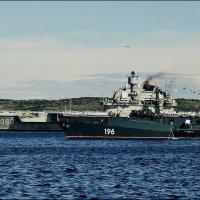 На праздничном рейде Североморска :: Кай-8 (Ярослав) Забелин
