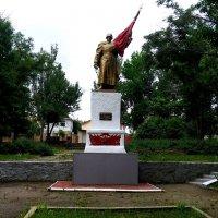 Памятник Советскому солдату в Луганске :: Наталья (ShadeNataly) Мельник