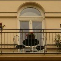 Приятный балкончик :: Galina Belugina