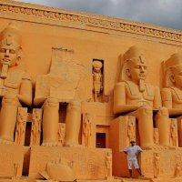 Я и фараоны в Тайланде!!! :: Вадим Якушев