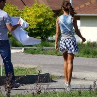 Он так умолял  ее  надеть свитер... :: Валерия  Полещикова