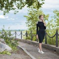 Прогулка по набережной :: Женя Рыжов