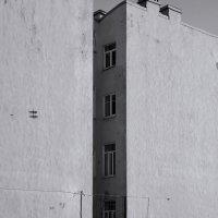 двор-щель :: sv.kaschuk