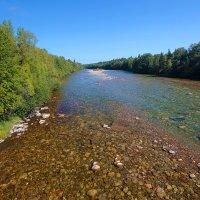 Прозрачные воды несёт река в Байкал :: Анатолий Иргл
