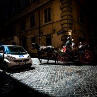 Рим,на перекрестке у виа Кондотти :: Олег Семенов