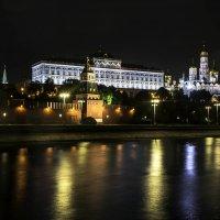 Ночные прогулки с фотокамерой :: Tatiana Poliakova