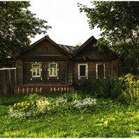 Домик в городе Углич. :: Марина Никулина