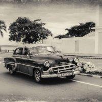 Ух...прокачу с ветерком!Сьенфуэгос.Куба! :: Александр Вивчарик