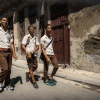 Улочками старой Гаваны...Куба! :: Александр Вивчарик