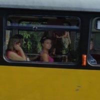 Яблочный взгляд трамвайной Джоконды!... :: Алекс Аро Аро
