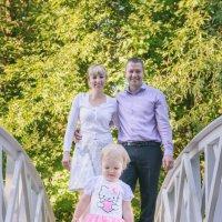 Семейная прогулка :: Юлия Сапрыкина