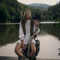 Девушка на мосту :: Екатерина Волкова