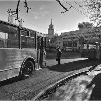 У вокзала... :: Беспечный Ездок
