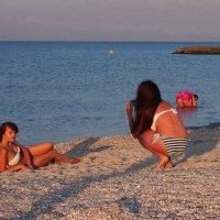 The Box - пляж эмоций. С утра  девчонки там себя снимали... :: Александр Резуненко