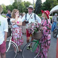 про леди на велосипеде :: Олег Лукьянов