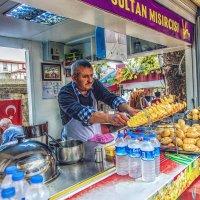 Продавец картофельных чипсов в Стамбуле :: Ирина Лепнёва
