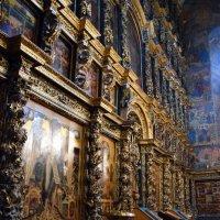 Храм пророка Ильи в  Ярославле :: Катерина Клаура