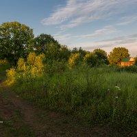 Пейзаж с домом на закате :: Александр Синдерёв