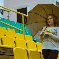 девушка с зонтиком :: Марина Мякошина