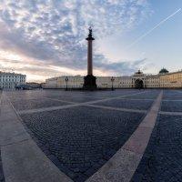 Дворцовая площадь :: Алексей Сильников