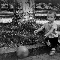Мячик убежал)))) :: Evgenia Glazkova