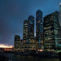 Непогода над Москвой :: Евгений Никифоров