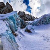 Ледник у перевала ВЦСПС :: Вячеслав Ложкин