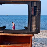 The Box - пляж эмоций. Бразильский сериал там можно было посмотреть... :: Александр Резуненко