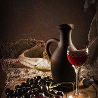 Красный виноград :: Lev Serdiukov