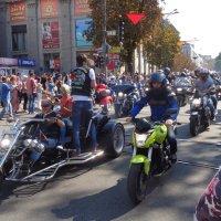 Седло мотоцикла сближает быстрее, чем постель!... :: Алекс Аро Аро