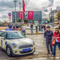 Площадь Таксим. Стамбул :: Ирина Лепнёва
