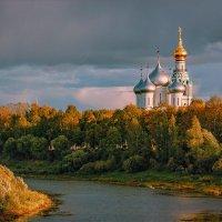 Осень... вечерний свет. :: Александр Никитинский