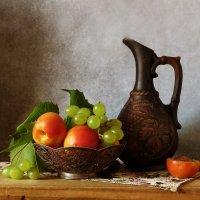 С нектаринами и виноградом :: SaGa
