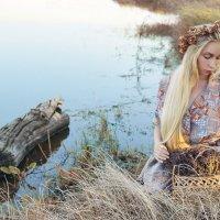 У озера :: Катарина Винниченко