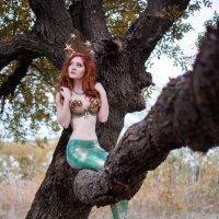 ...русалка на ветвях сидит :: Катарина Винниченко