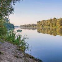 Рыбалка на реке :: Юрий Стародубцев