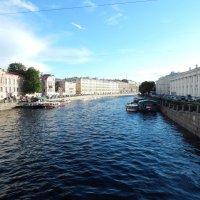 Санкт-Петербург. На Фонтанке. Вид с Аничкова моста. :: Лариса (Phinikia) Двойникова