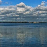 Небо в воде :: Владимир Гришин